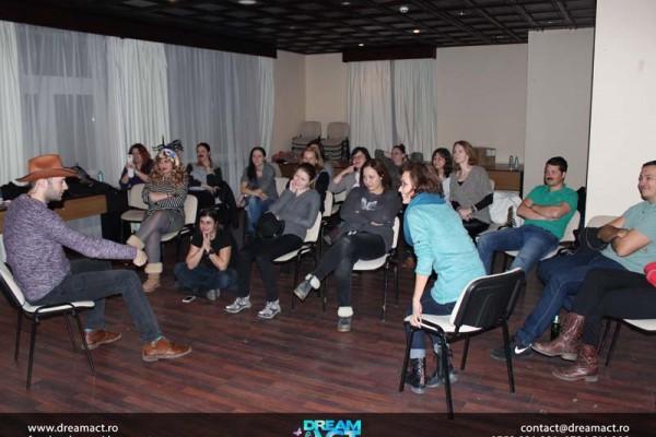 echipa corporate cursuri de actorie